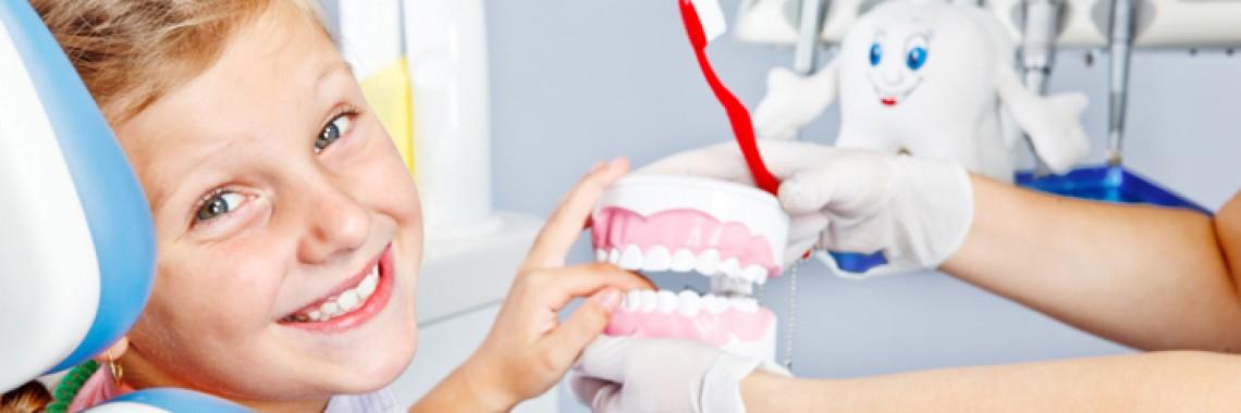 control stomatologic copii